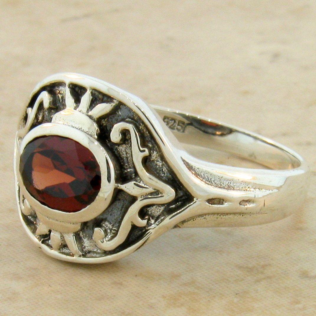 genuine garnet antique style 925 sterling silver ring. Black Bedroom Furniture Sets. Home Design Ideas