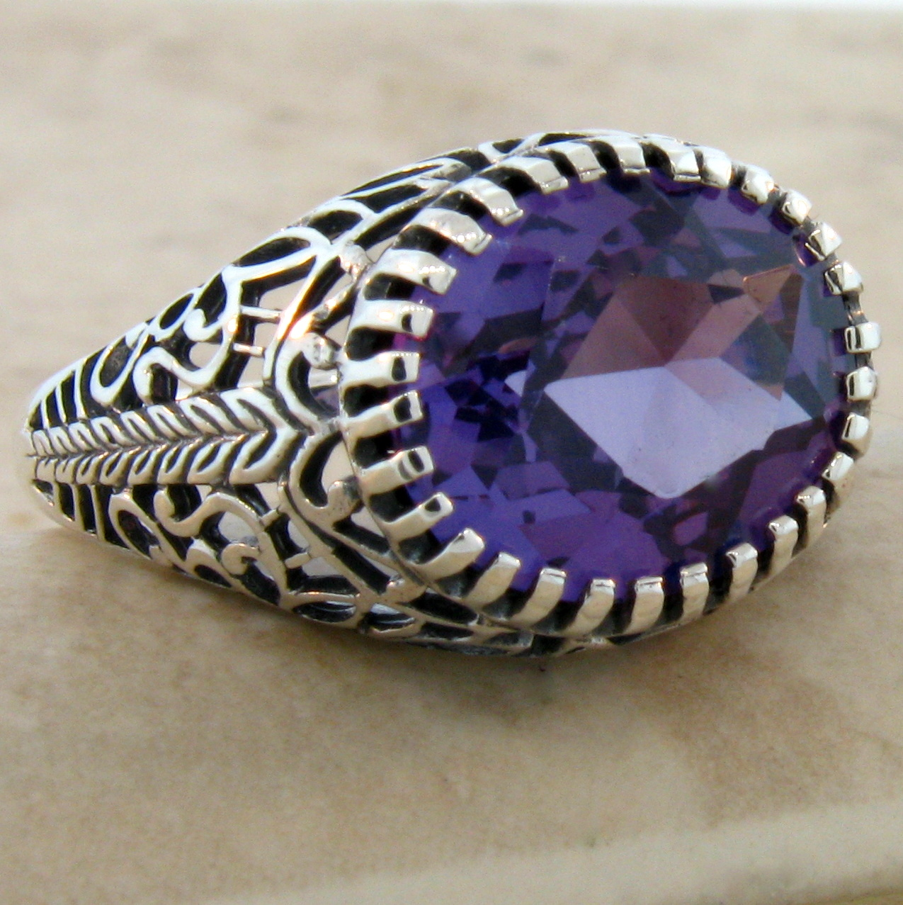 Vintage Alexandrite Rings 6 CT. COLOR CHA...