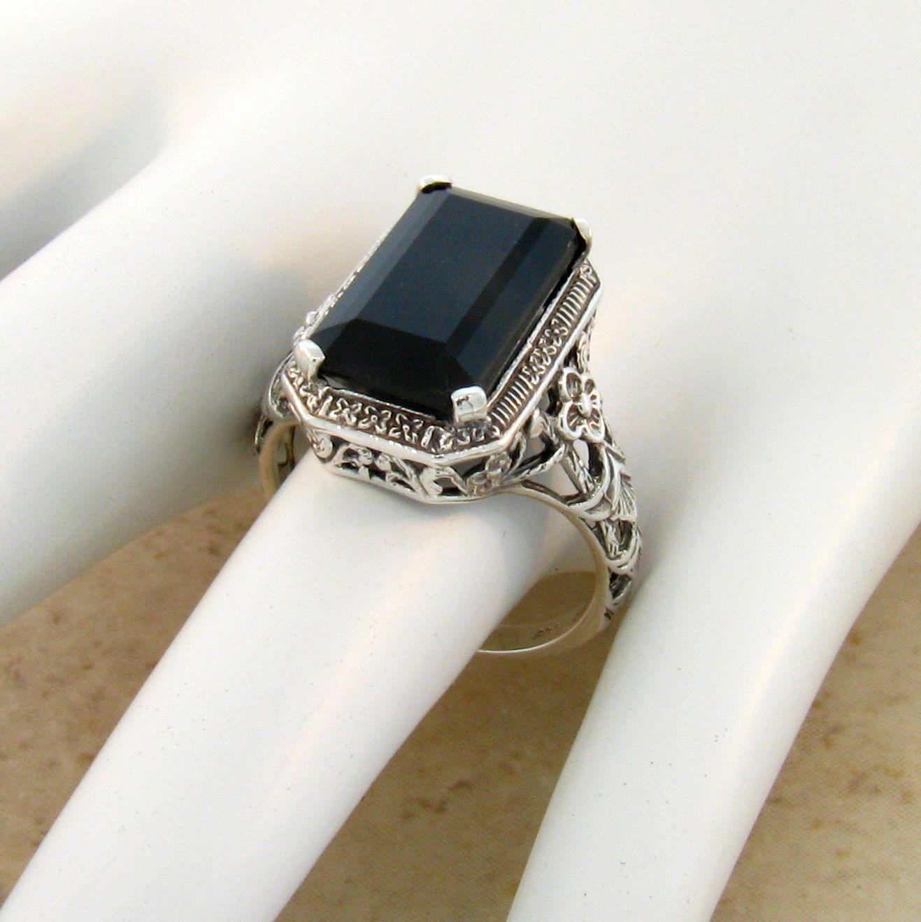 #584 GENUINE BLACK AGATE ANTIQUE DESIGN 925 STERLING SILVER RING SIZE 6