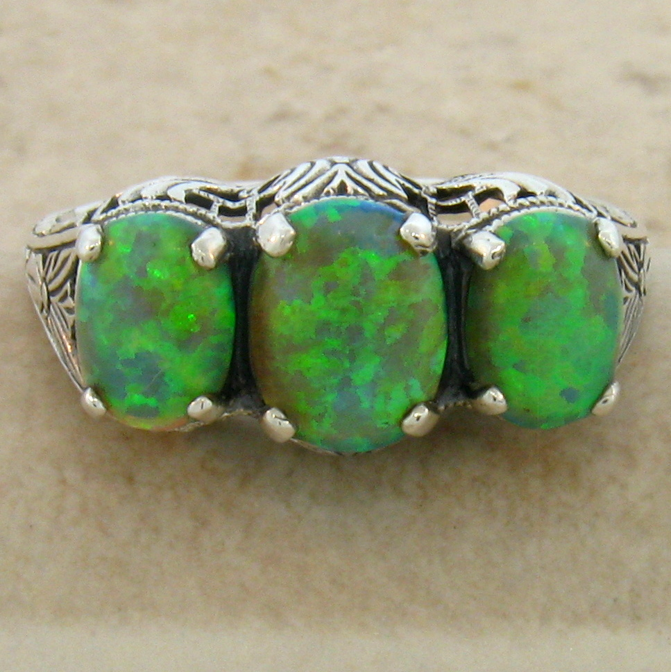 ANTIQUE VICTORIAN STYLE GREEN LAB OPAL 925 STERLING SILVER RING SIZE 6 #235