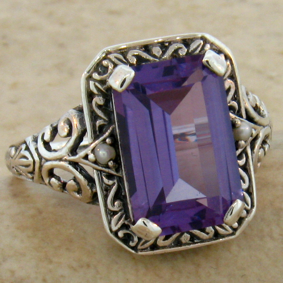 #498 COLOR CHANGING LAB ALEXANDRITE ANTIQUE DESIGN .925 SILVER RING SIZE10